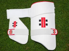 Gray Nicolls double thigh guard